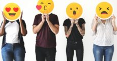 Como colocar emoticons de Emoji no Facebook?